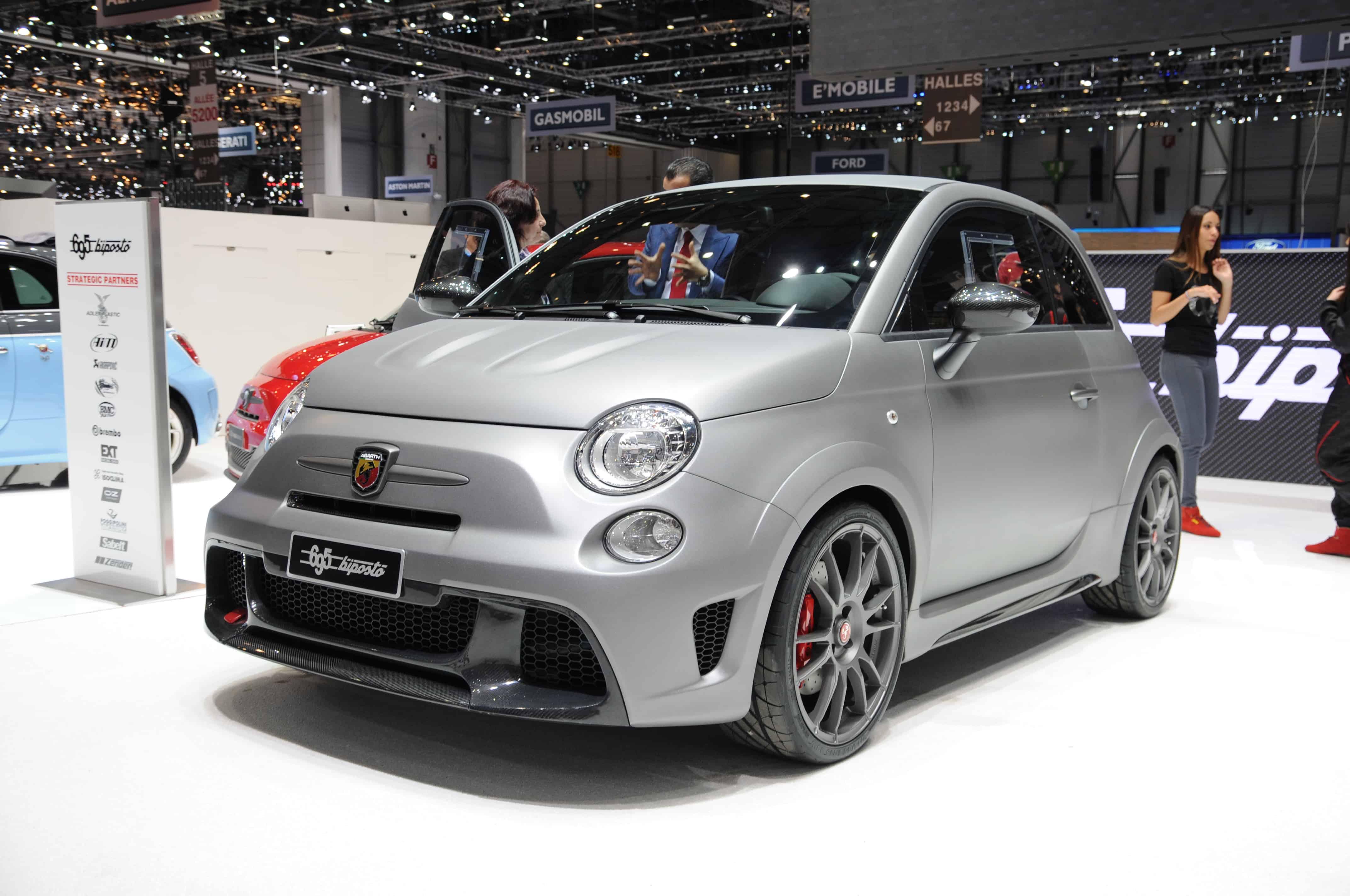 Fiat_500_Abarth_695_Biposto