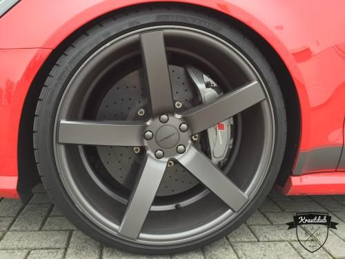 Audi RS Vossen Felgen und Keramik Bremsen