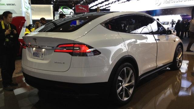 Tesla_Model_X_(8403033571)