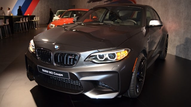 BMW-M2-Mineralgrau-F87-Mineral-Grey-01