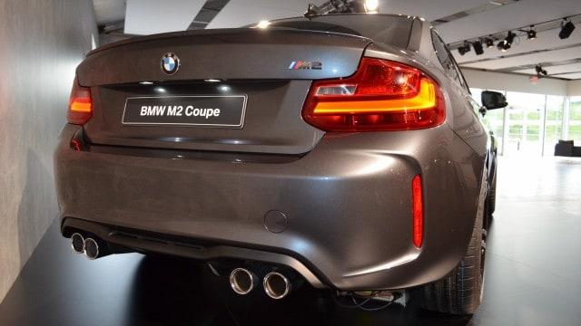 BMW-M2-Mineralgrau-F87-Mineral-Grey-06
