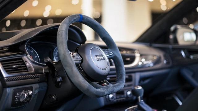 Audi_RS6_Exclusive_Interior_Lenkrad