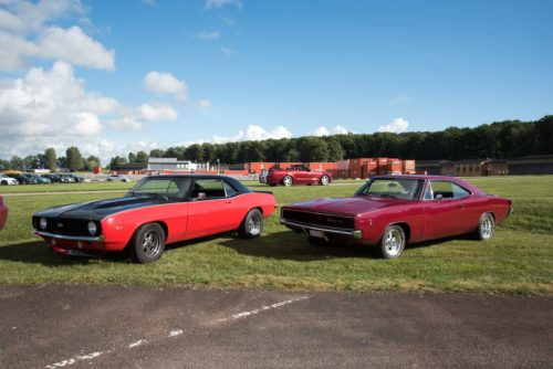 Chevrolet Camaro SS & Dodge Charger