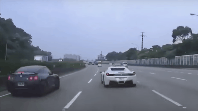 Video: Nissan GT-R Crash