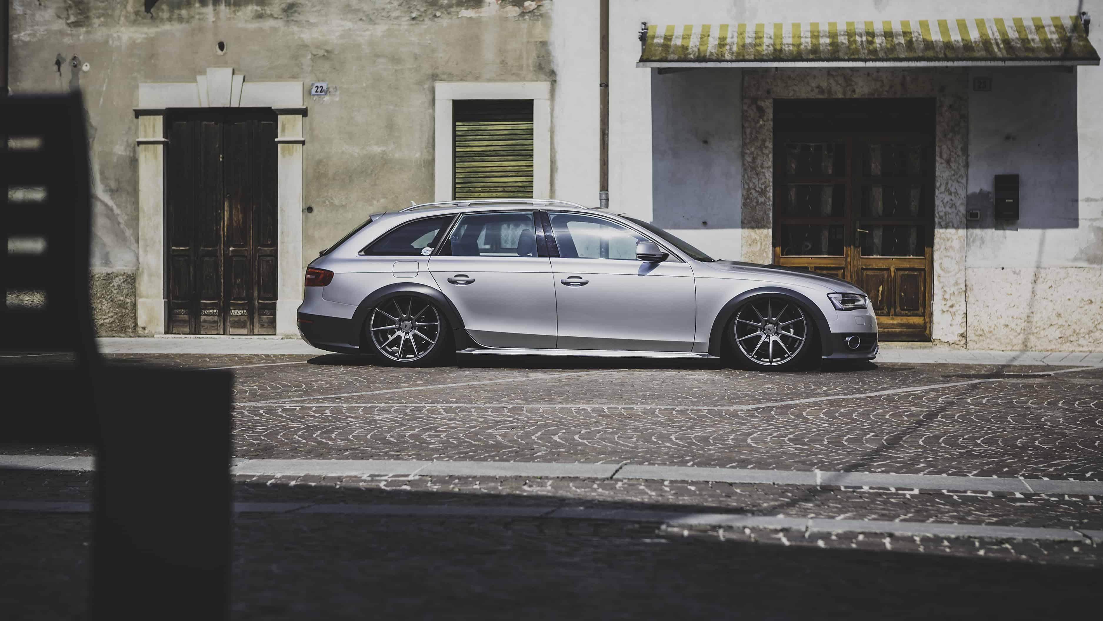 "Audi A4 B8 Allroad Airlift Fahrwerk Felgen Yido Performance 10x20"""