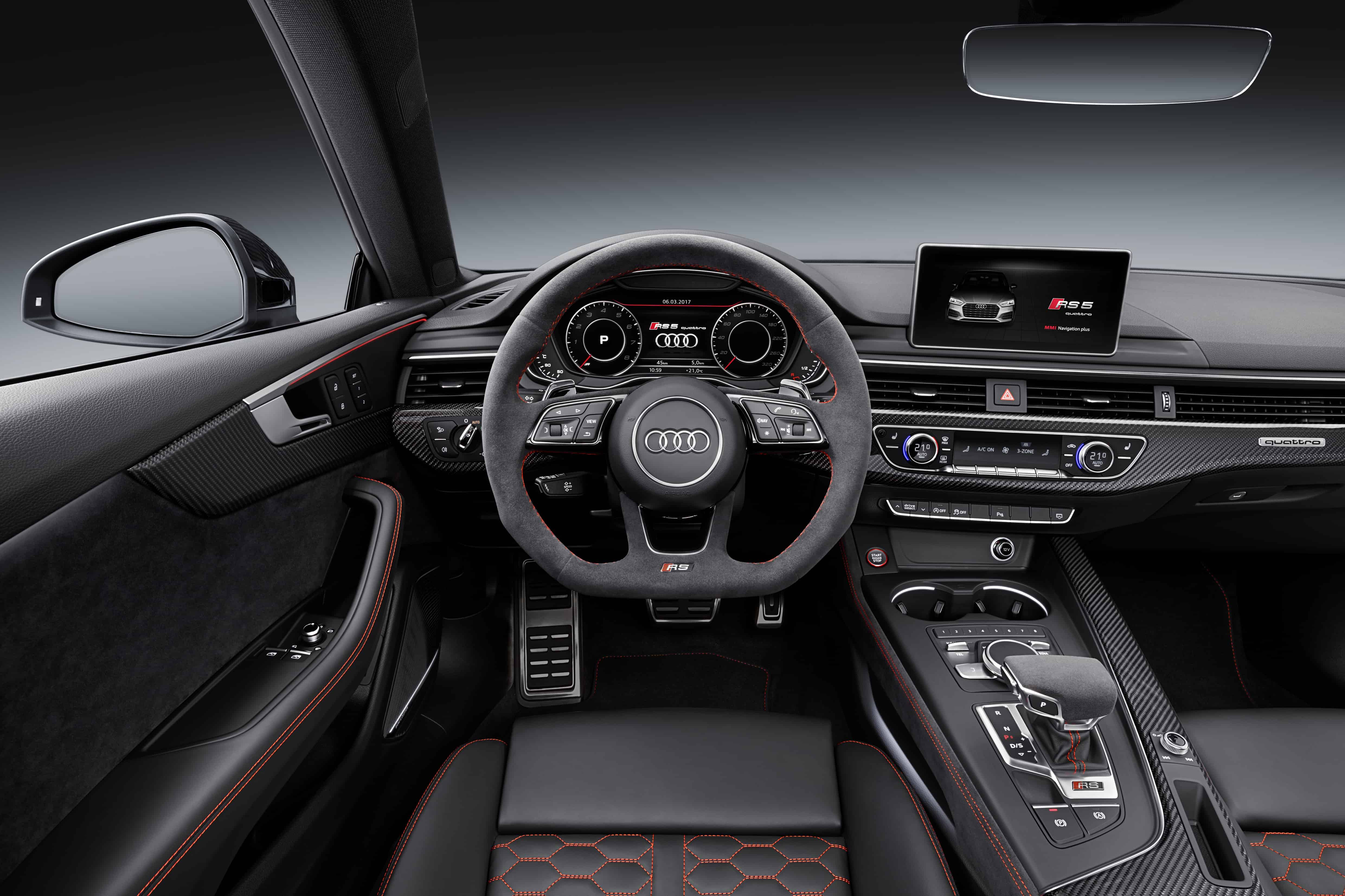 Audi RS5 F5 Misano Red -Cockpit