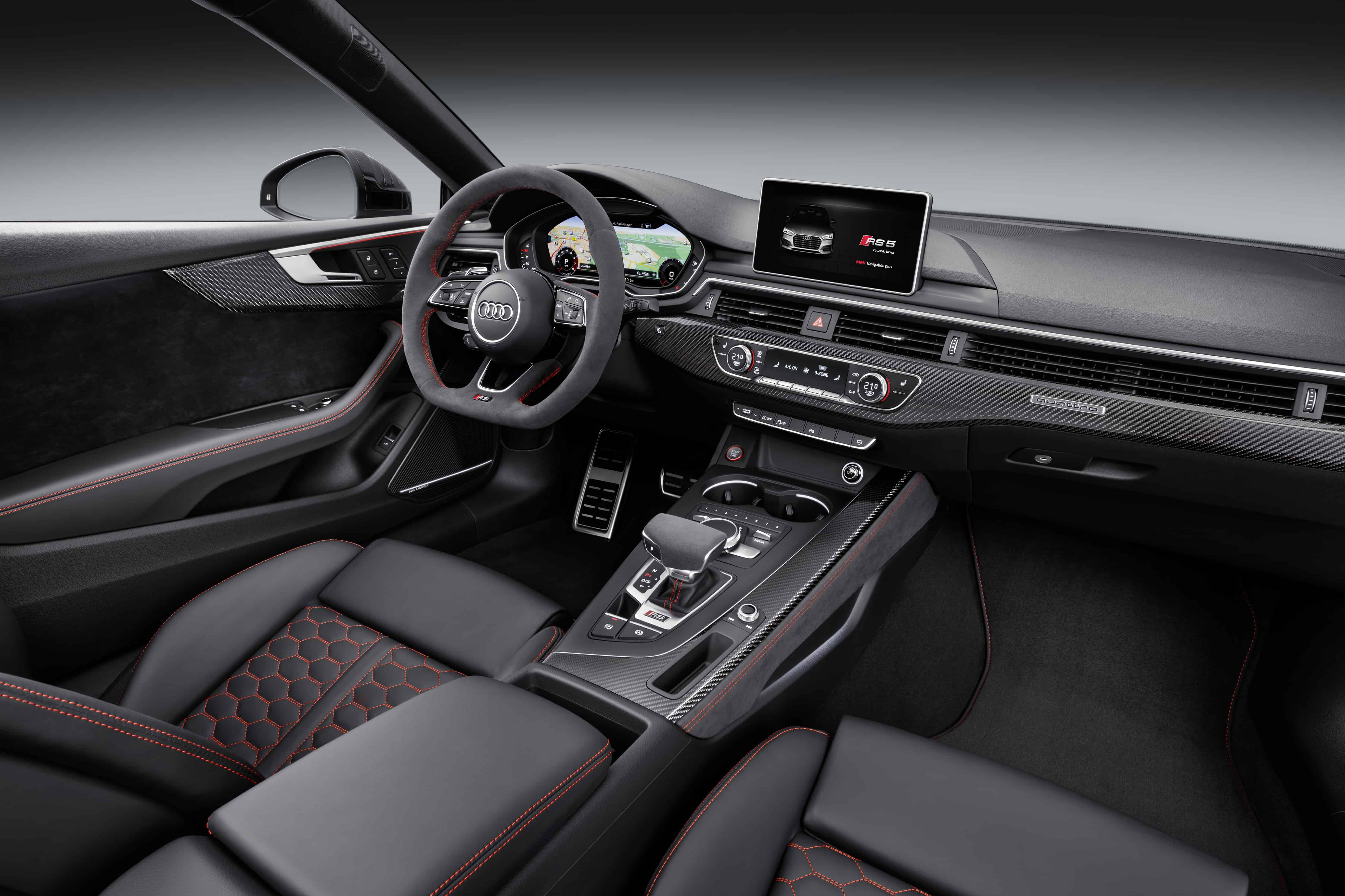 Audi RS5 F5 Misano Red -Interior