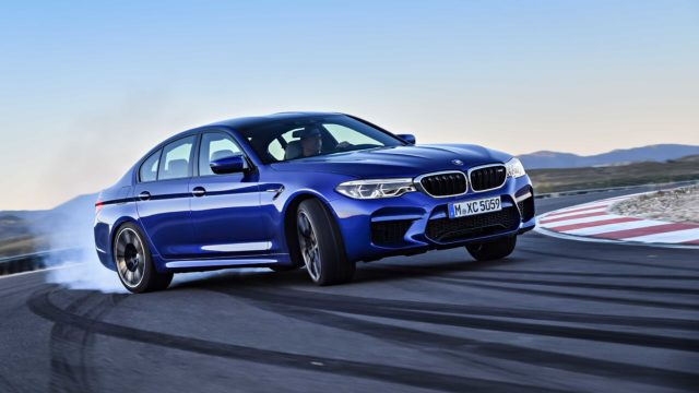 BMW_M5_F90P90272990_highRes_the-new-bmw-m5-08-20