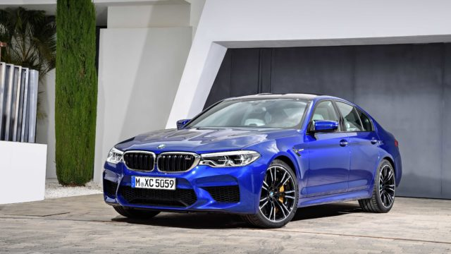 BMW_M5_F90P90272992_highRes_the-new-bmw-m5-08-20