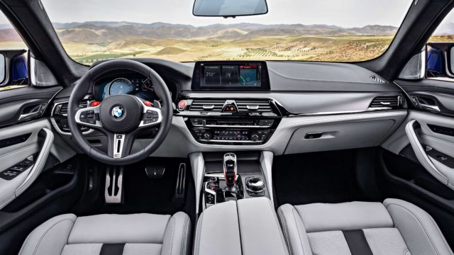 BMW_M5_F90P90273004_highRes_the-new-bmw-m5-08-20