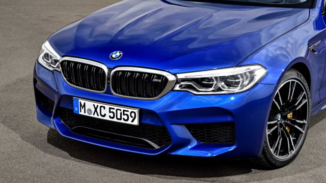 BMW_M5_F90P90273017_highRes_the-new-bmw-m5-08-20