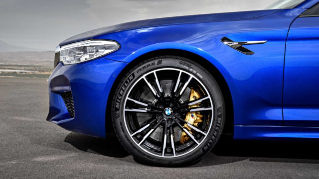 BMW_M5_F90P90273018_highRes_the-new-bmw-m5-08-20