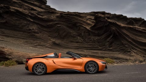 P90285393_highRes_the-new-bmw-i8-roads