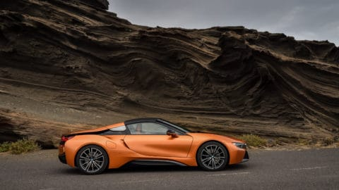 P90285394_highRes_the-new-bmw-i8-roads