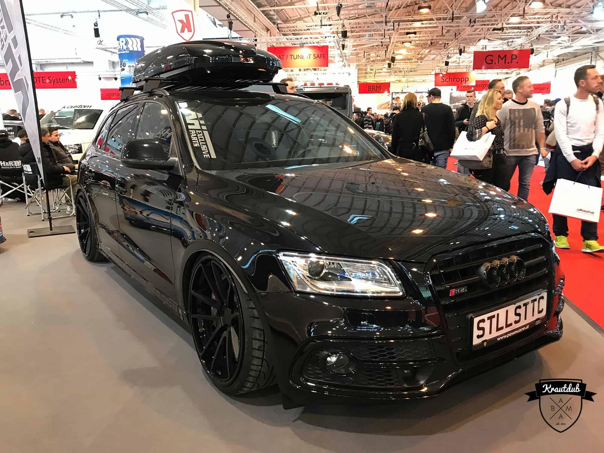 Stanced Audi Q5 mit Dachbox