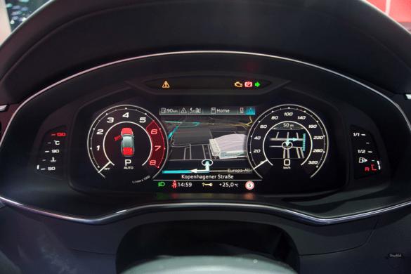 Audi RS6 C8 Innenraum / Interior - Cockpit & digitaler Tacho