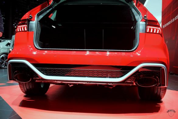 Audi RS6 C8 Innenraum / Interior - Kofferraum & Ladevolumen und Exterior / Außenansicht des Heckdiffusors & Klappenabgasanlage