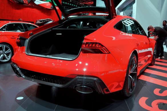 Audi RS7 C8 Heck Exterior / Außenansicht des Diffusors, der Klappenabgasanlage & Kofferraum