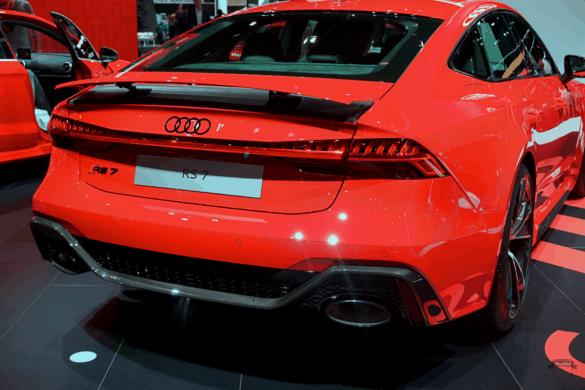 Audi RS7 C8 Heck Exterior / Außenansicht mit ausgefahrenem Heckspoiler