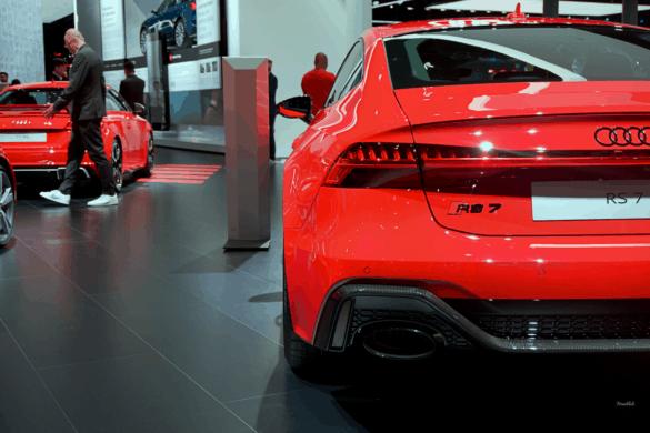 Audi RS7 C8 Heck Exterior / Außenansicht & Seitensicht mit breiten Kotflügeln