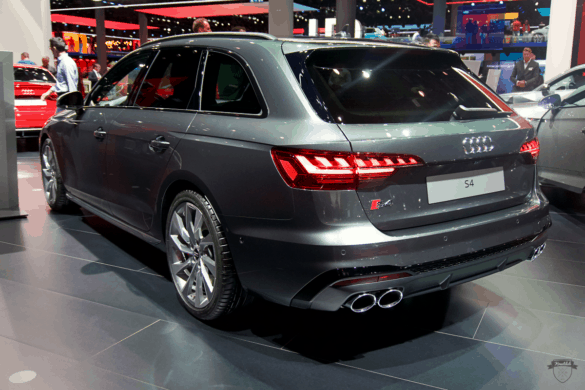 Audi S4 Avant Heck Exterior / Außenansicht