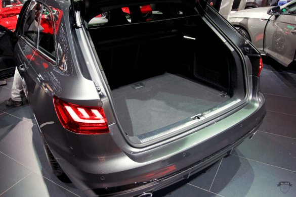 Audi S4 Avant Innenraum / Interior - Kofferraum & Ladevolumen